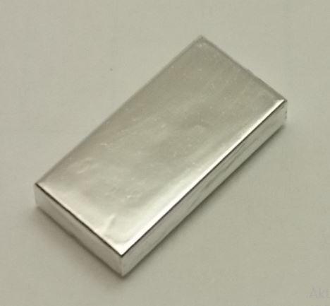 3069b_Chrome Silver Tile 1 x 2 with Groove   3069 3069b  Custom chromed by Bubul