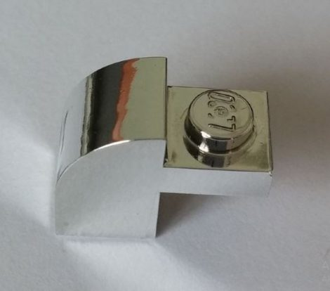 6091 Chrome Silver Brick, Modified 1 x 2 x 1 1/3 with Curved Top   Part:6091 chromed by Bubul